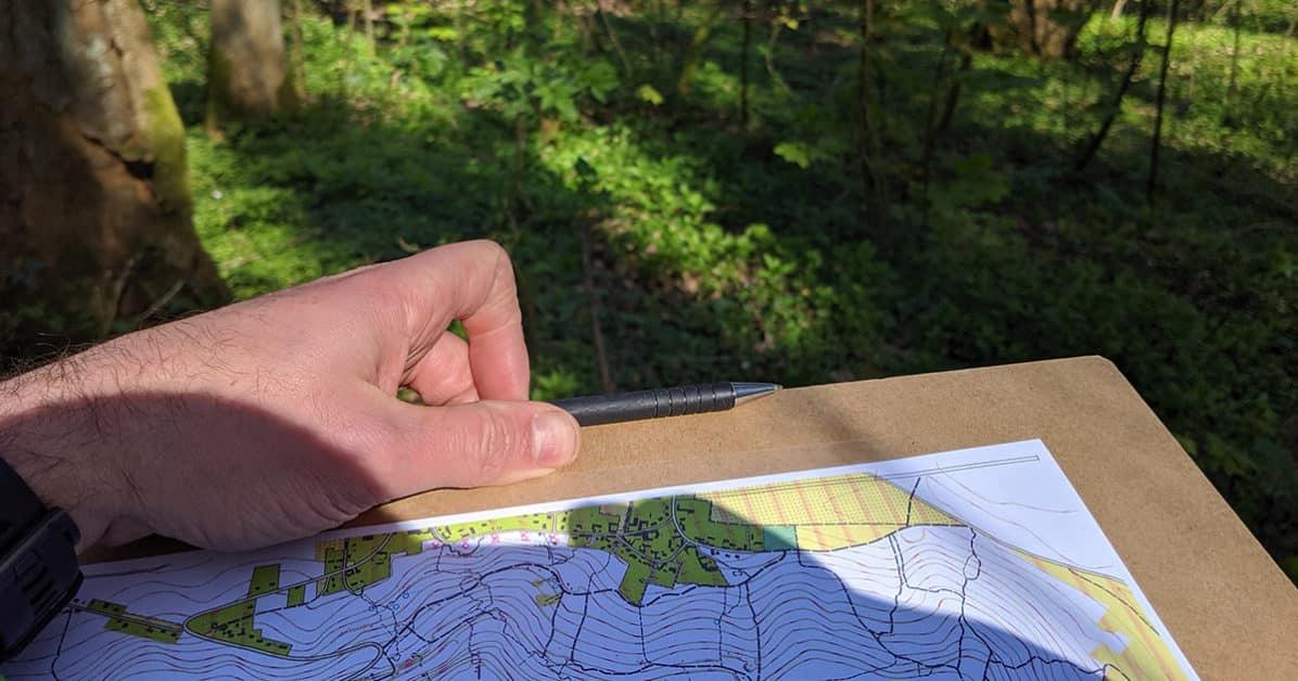 placer des points sur une carte Placer des points sur un carte d'orientation avec un GPS